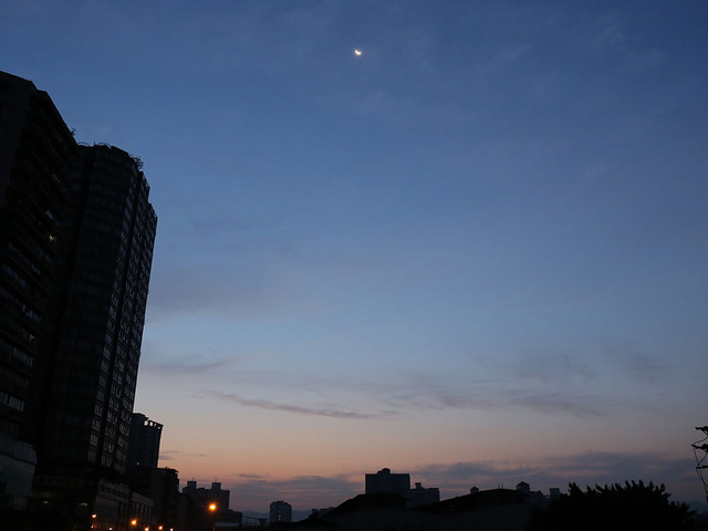 01_朝6時前.jpg